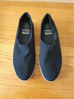 Fit flop navy blue casual shoes - Size 8