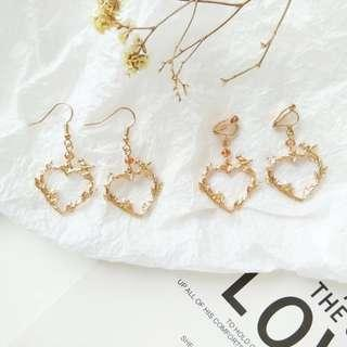 🚚 *new* cute gold heart forest earrings