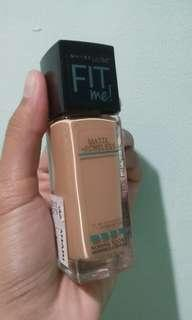 Maybelline Fit Me Foundation 322