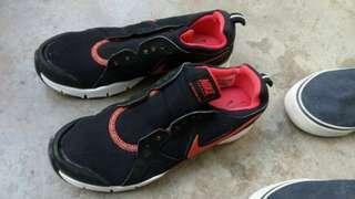 Original Nike Shoes ( original 4,900 bpught  mlasyia