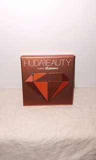Huda Beauty Topaz Obsessions