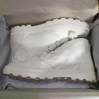 全新 Palladium Pampa Free Canvas Marshmallow/Marshmallow boots