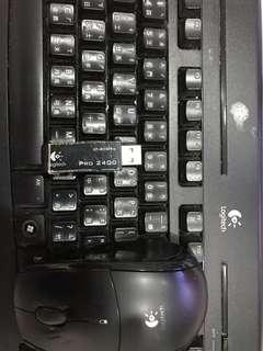 羅技多媒體無線鍵盤pro2400滑鼠無反應鍵盤正常