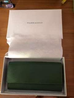 Rabeanco Leather Long Wallet in Green