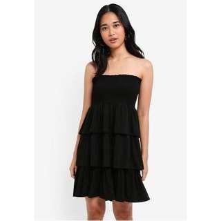 ✨ BNWT Something Borrowed Black Tiered Strapless Dress