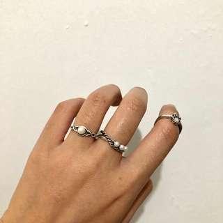 White Stone Ring Set