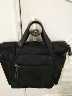 🚚 韓版手提斜背兩用包
