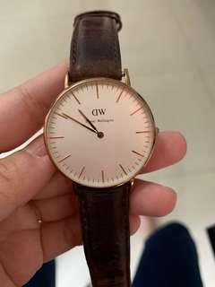 (Used) Daniel Wellington Rose Gold 35mm leather