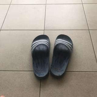 Super cool and unique adidas sliders
