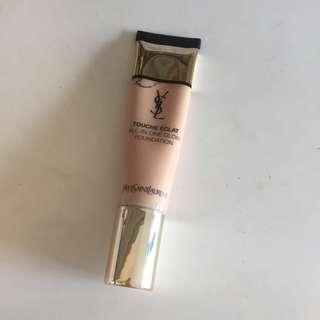 YSL All-in one glow foundation