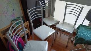 Like New !! 4 Quinny dining chairs + carbon + white frame