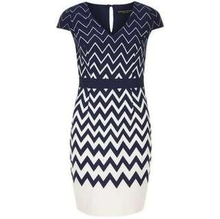 🚚 Looking for DP Chevron White Blue Dress