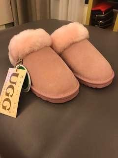 🚚 UGG 羊毛拖鞋