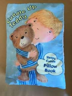 Sleepy cuddle pillow book