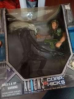 """Aliens 12"""" figures"""