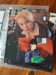 Wanna One Therefore Goods Sungwoon L Holder and Postcard Set
