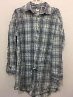 Uniqlo flannel blouse
