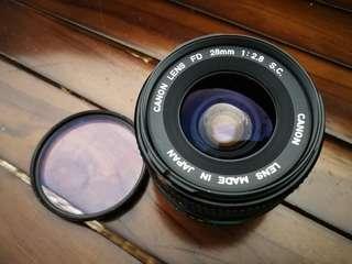 Canon FD lens 28mm f2.8