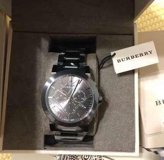 🚚 Burberry Bu9354