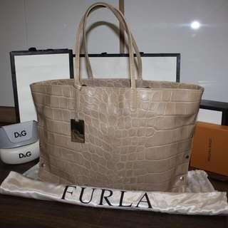Authentic Furla handbag/tote Bag for sale