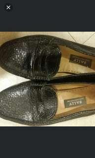 Authentic Bally loafers