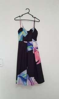 Loving things ladies dress floral size 8 party