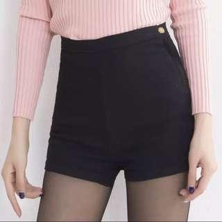🚚 AA Black High Waist Shorts