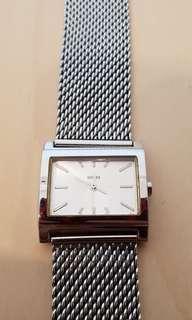 🚚 Guess watch