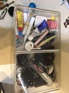 Acrylic makeup box