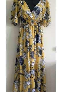 Floral midi / maxi dress