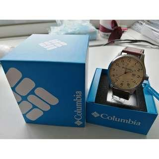 Columbia CA077220 Fieldmaster II Large Analog Brown Leather Strap Watch