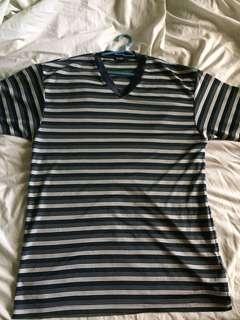 V-cut Shirt (L)