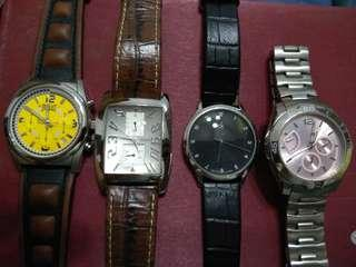 🚚 Assortment of watches