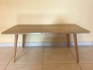 Solid wood low table