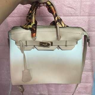 Authentic Ombre beackin bag