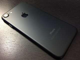 IPhone 7 128GB Black in new like condition
