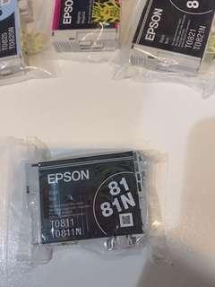 🚚 EPSON原廠墨水㕅 TO821 TO821N 黑色 82N