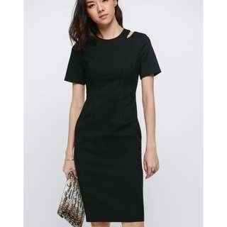 🚚 Love Bonito LB - Olwen Cutout Shoulder Midi Dress Size M Black
