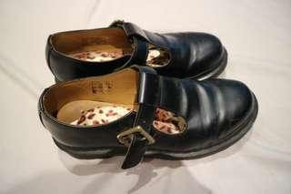 DR MARTENS POLLEY SHOES