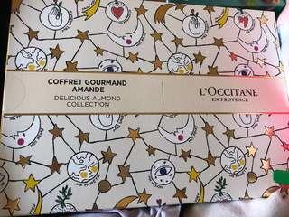 Loccitane Almande Almond Deluxe Gift Set