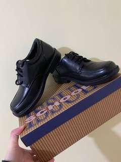 School Issue Oxford shoes