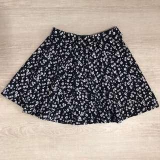 🚚 Very New Cotton On Daisy Flare Skirt