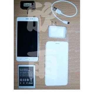 長江GF7 四核心5.5吋大螢幕Android智慧型手機★送LED補光燈、耳機防塵塞、充電傳輸線保護套★