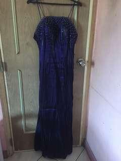 Gown two-toned