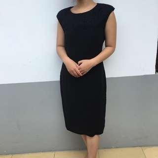 Blackdress ( dress hitam)