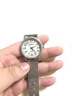 🚚 ✨TARESA 鐵錶帶女錶✨