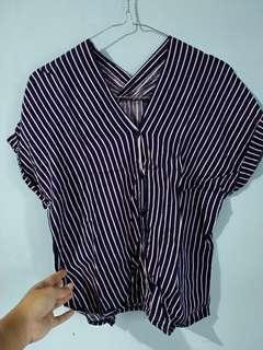 Vneck blouse stripe navy