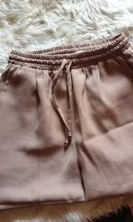 Bottoms coklat
