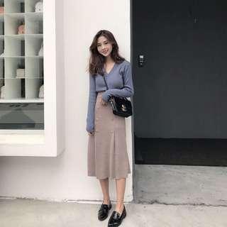 🚚 薄毛衣 上衣 淺藍色 駝色 裙子