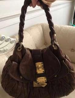 Preloved MIUMIU coffer bag